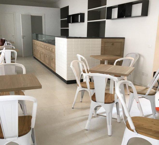 gallery realizzazioni e allestimenti - sedie e banco bar/pasticceria/panetteria