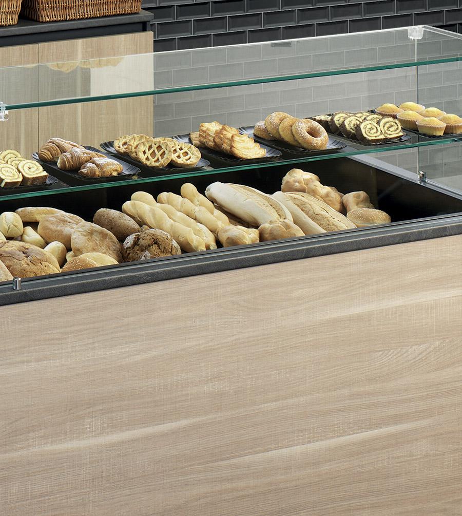 i componenti di un banco per panetteria: la teca